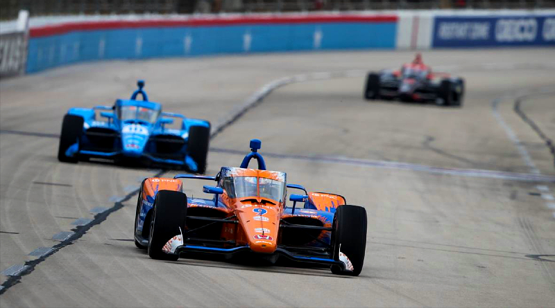 Dixon Dominates in 1st Race of Texas Doubleheader